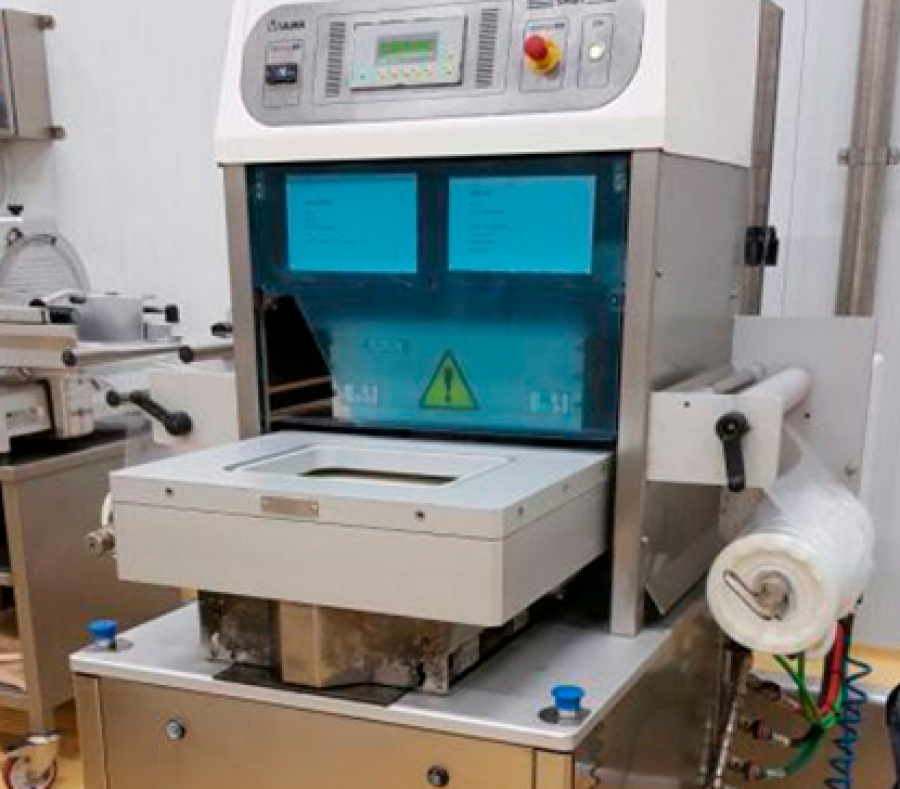 Second Hand. Sale of machinery, parts, dies and molds for industrial packaging machines